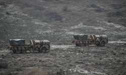 راجمات صواريخ وقوات كوماندوز تركية تصل إلى إدلب