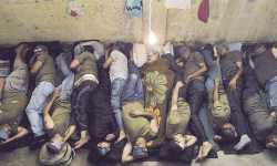 المعتقلون... من ينقذهم من