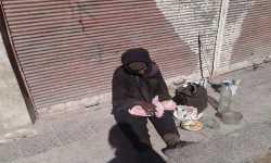 في جنوب دمشق.. (الحجر الأسود) على حافة الموت..