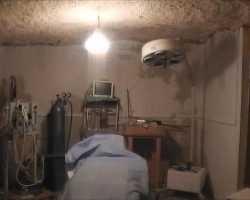 مستشفيات تحت الأرض بريف حماة لتجنب قصف النظام